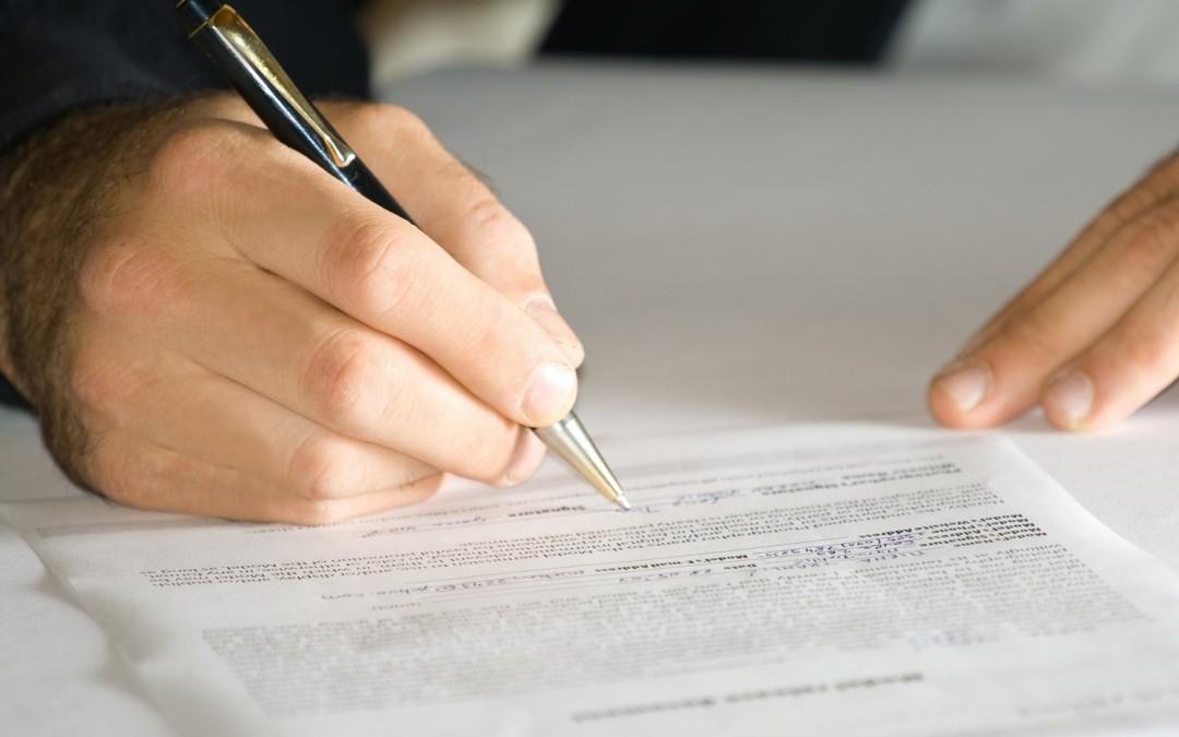 Les Experts doivent modifier leurs contrats